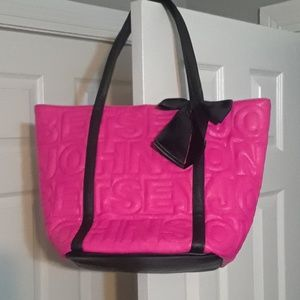 Absolutley beautuful hot pink Betsy tote